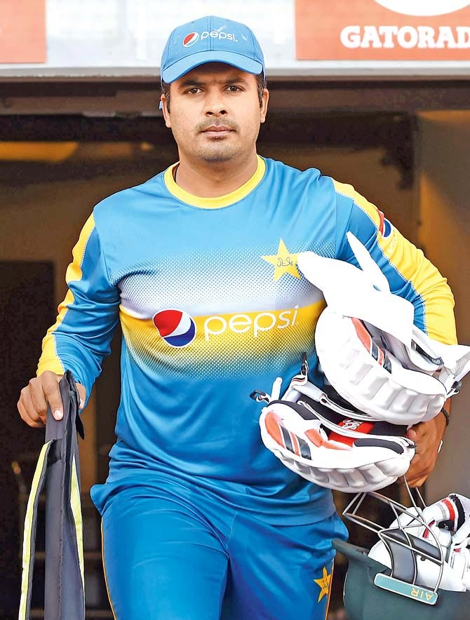 sharjeel khan apologetic come back -cricket
